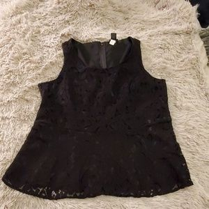 Beautiful lace Torrid top size 2